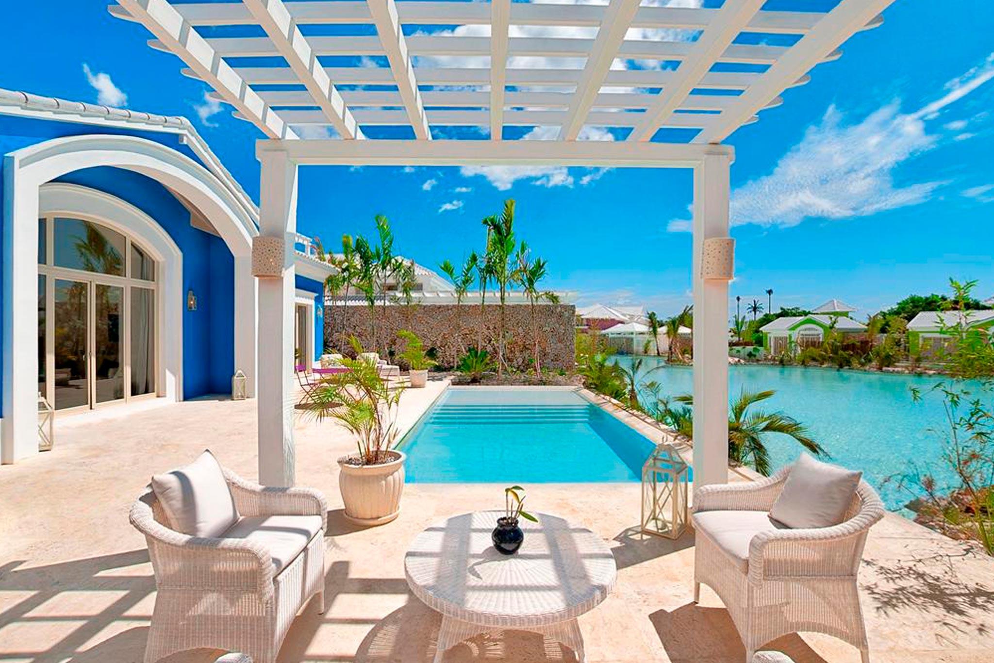 5-edenroc-exterior-piscina-coralina-abastel