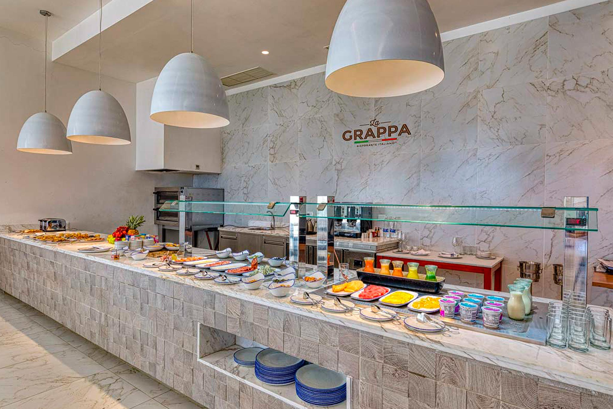 5-hotelsenator-buffet-abastel