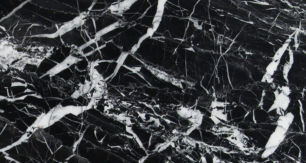 https://grupoabastel.com/wp-content/uploads/2020/04/marmol-negro-marquina-1200x640.jpg